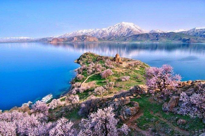Yerevan - Sevan (Sevanavank) - Noratus - Hayravank - Yerevan