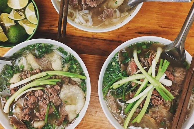Small-Group Street Food Tour of Hanoi with Tastings