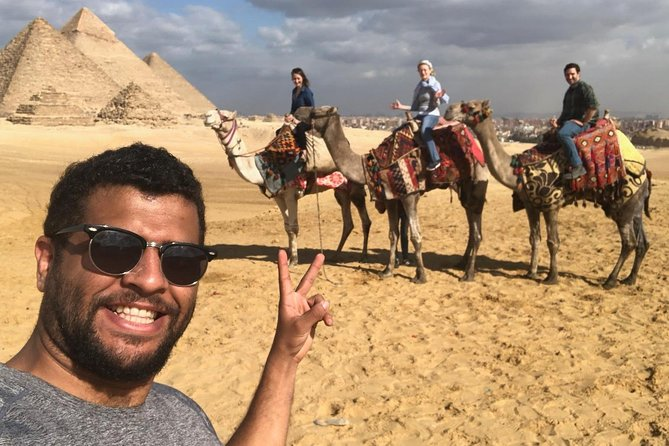 Half Day Tour in Cairo to Giza Pyramids and Sphinx