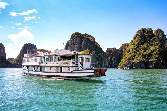 Halong Bay 2 Days Cruise from Hanoi with Transfer and Meals