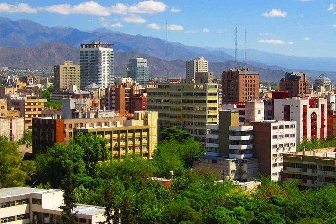 Departure Private Transfer Valle de Uco to Mendoza Airport MDZ by Sedan Car