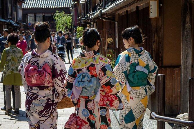 Hidden Gems Of Kanazawa: Private & Personalized Walking Experience