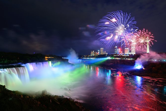 Niagara Falls Night Tour with Dinner + Illuminate the Falls - Private Safe Tour