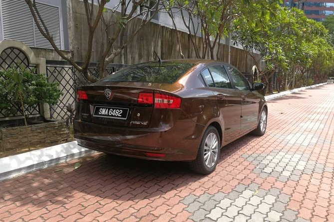 Private Transfer: Kuala Lumpur Airport to Malacca Hotels or Apartments
