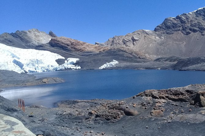 snowy pastoruri, claciar and puma raimondi