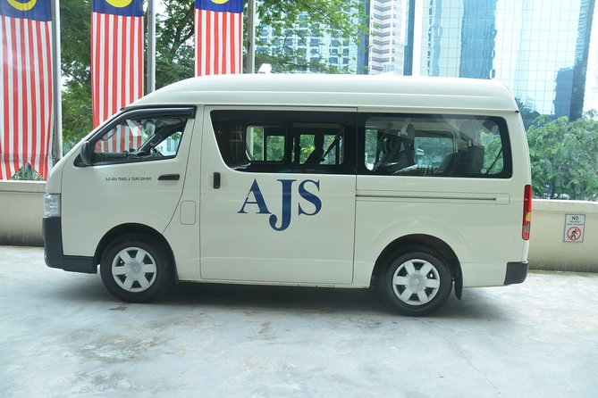 Private Transfer: Kuala Lumpur Airport to Genting Highlands Hotels or Apartments