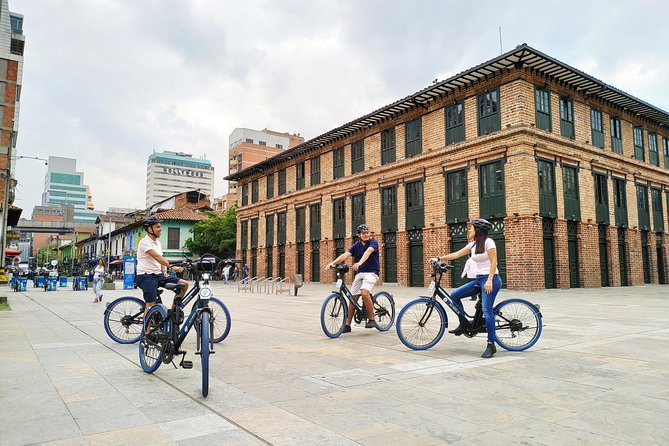 Bike up Medellin (Ebike)