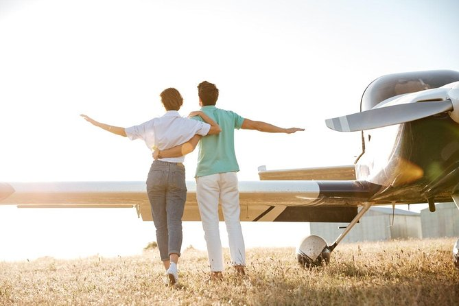 Romance Aircraft Flight + scenic tour + 3 course lunch + beer tasting + hamper