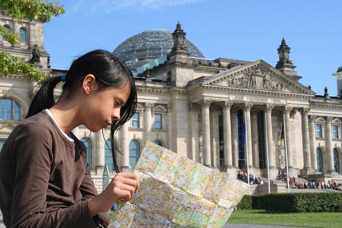 Highlights of Berlin Walking Tour incl. Brandeburg Gate