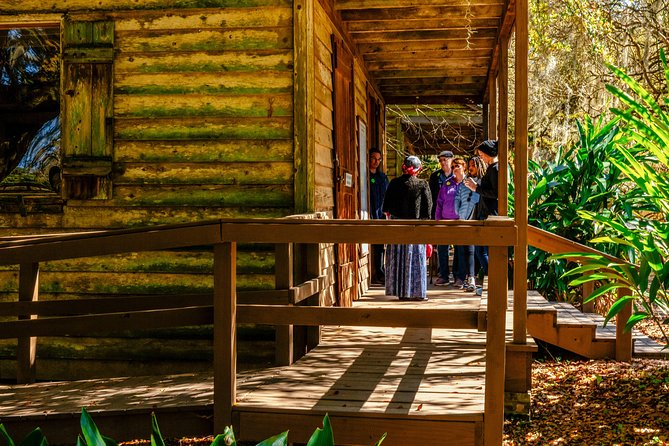 The Historical Side of Louisiana: Plantation Half-Day Trip Private Tour