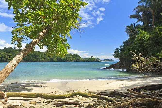 Essential Costa Rica with extension to Manuel National Park Antonio Beach & Jose