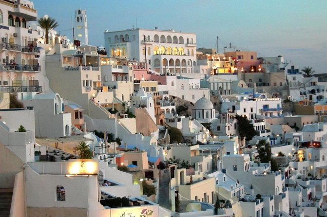 Explore the Central and North part of Santorini