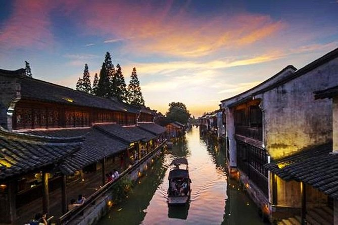 Shanghai to Hangzhou Private Transfer with Stop at Wuzhen