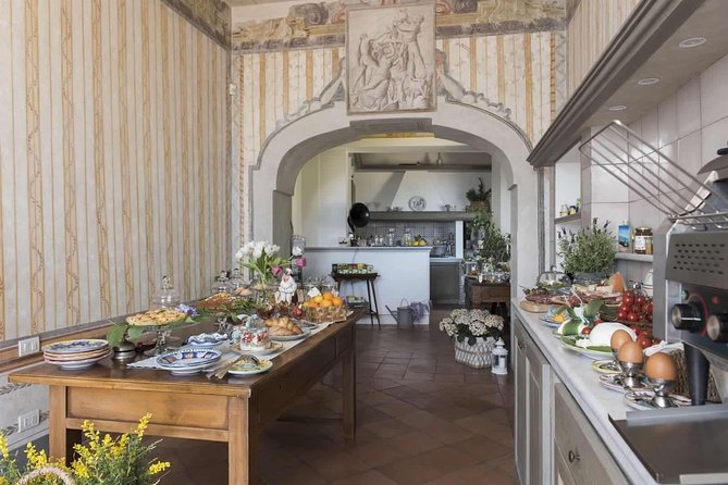 Small-Group Cooking Class at Palazzo Suriano in Salerno