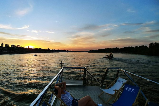Boat Trip on the Vistula River and panoramic city tour of Warsaw, pickup/dropoff