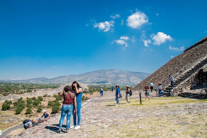 Full-Day Mexico City Pyramids of Teotihuacan Private Tour