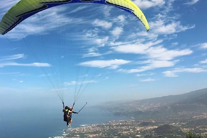 Tenerife Basic Paragliding Flight Experience with Pickup