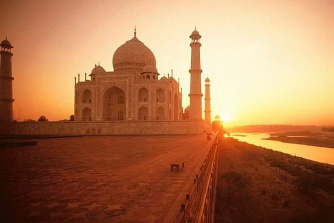 Private Day Tour of Taj Mahal and Agra Fort by Superfast Train