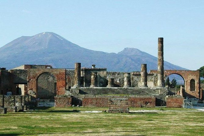 Pompeii and Mount Vesuvius Archaeological Park tour