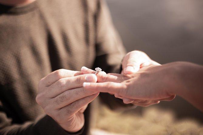 Marriage proposal in Ballon