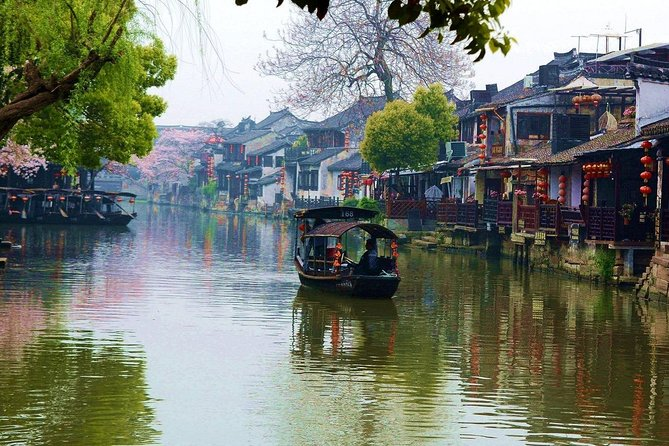 Hangzhou Private Transfer from Suzhou with Stop-over at Xitang Water Town