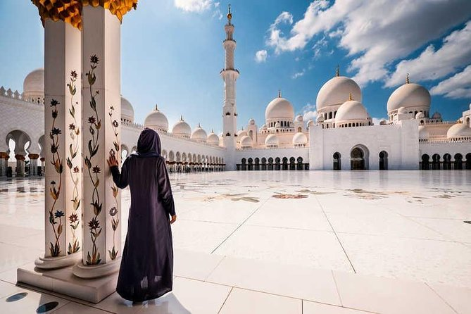 Half-Day Private Tour Abu Dhabi Sheikh Zayed Mosque from Dubai