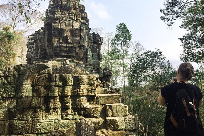 Angkor Wat Tour by Car and Expert Tour Guide photo 16