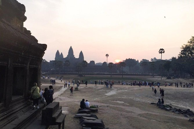 Angkor Wat Tour by Car and Expert Tour Guide photo 23