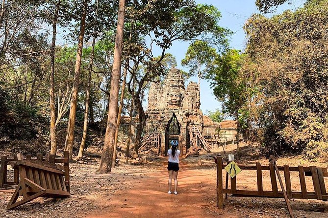 Angkor Wat Tour by Car and Expert Tour Guide photo 17