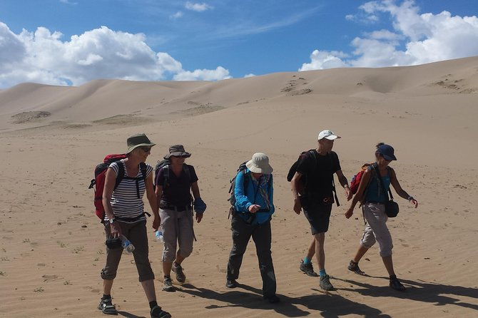 Gobi Desert and Eight lakes trekking and driving combined tour