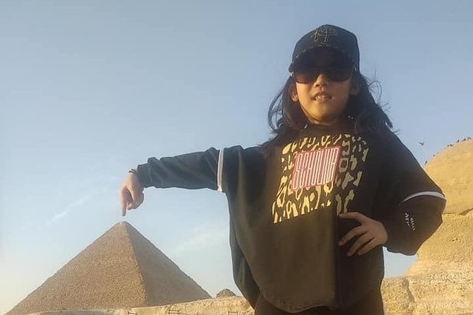 Private Full-Day Tour to Giza and Saqqara Pyramids from Giza