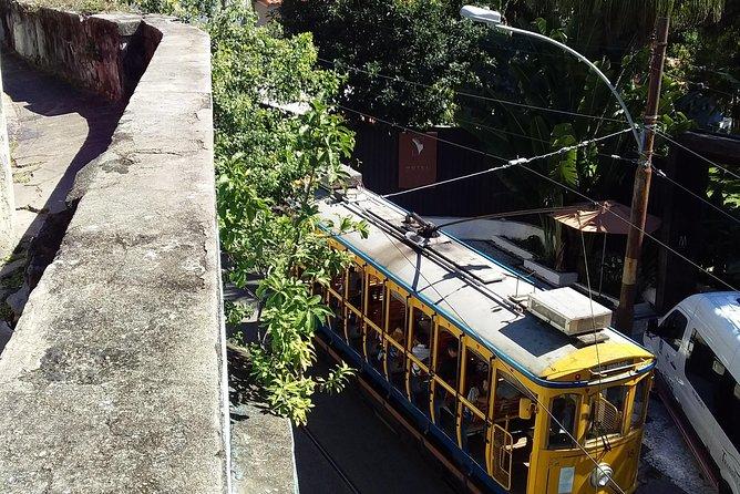 Private Tour: the Santa Teresa art scenarium incluiding the tram ride!