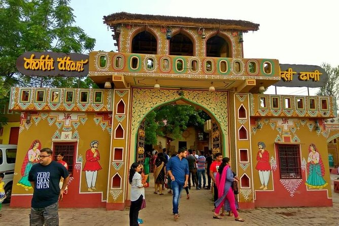 5 Hours Jaipur Traditional Dinner Tour with Live Music