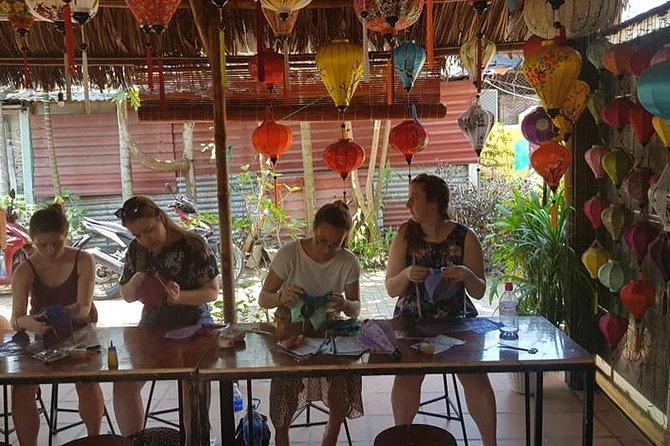 Tour to Tra Que Vegetable Village, Silk Weaving & Lantern Making Class