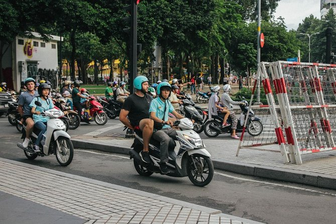 Saigon On 2 Wheels