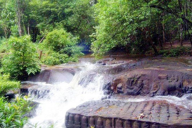 1Day Banteay Srei , Banteay Samre & Kbal Spean 1000 Lingar Waterfall