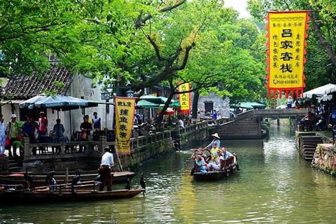 Shanghai Private Transfer from Suzhou with Stop-over at Tongli Water Town