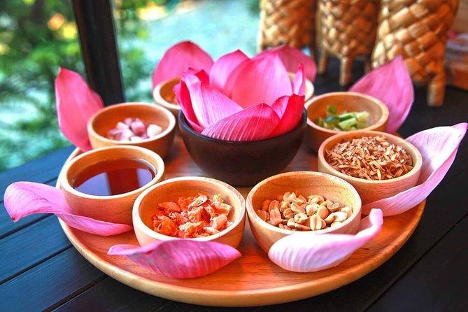 Red Lotus garden market with Thai culture halfday tour