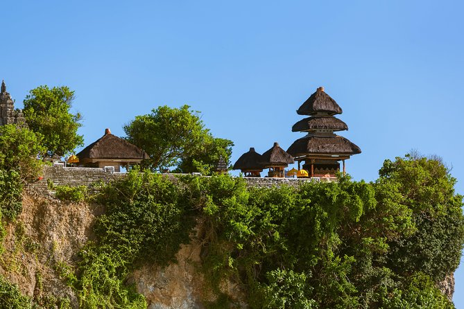 Half-Day Private Tour : Uluwatu, Kecak Dance Show and Jimbaran Romantic Dinner