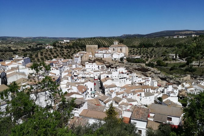White villages and Ronda. Day trip from Seville