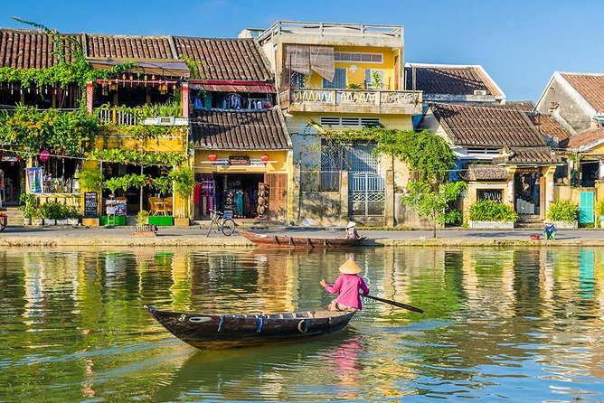 Private Transfer from Tan Son Nhat (SGN) Airport to Chau Doc