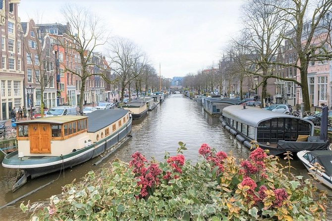 Amsterdam Small Group Tour of Must See Sites with a Native Guide & Stroopwafel