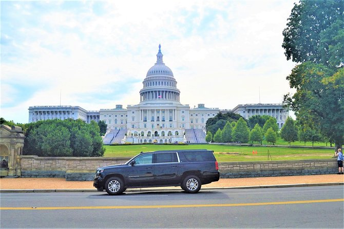 Private Tour of Washington DC Stopping at 11 Iconic Sites