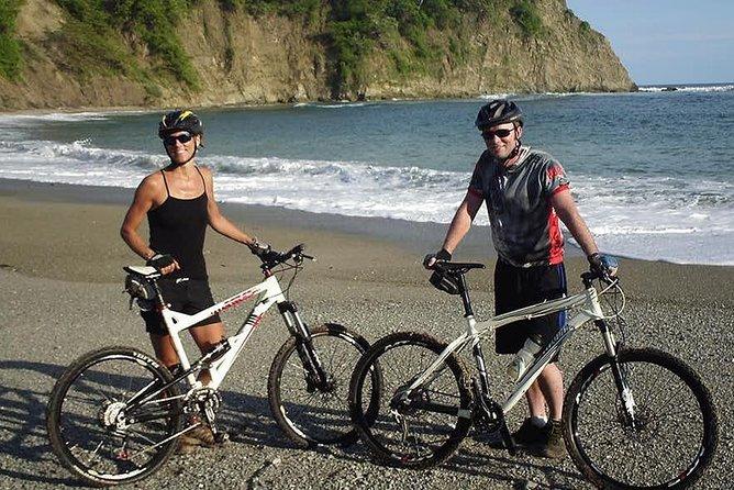 Bike tour of Los Frailes Beach and the Agua Blanca Community