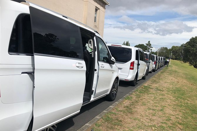 Auckland CBD / Airport Luxury Transfers