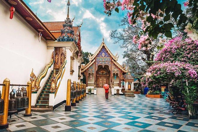 Doi Suthep and Wat Pha Lat Sunrise Small Group Tour – Half Day