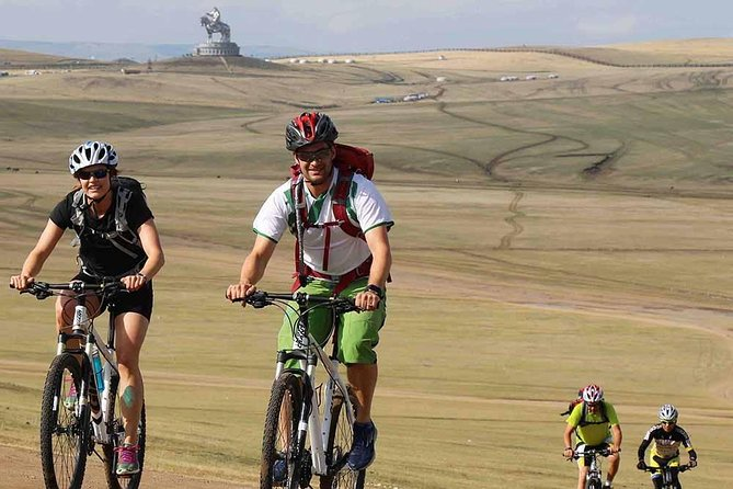 Mountain Biking Day Trip in Baga Khenty Mountains