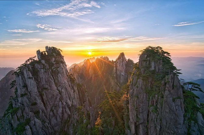 Full-Day UNESCO Mt Huangshan Private Exploring Tour