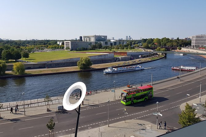 Berlin 24h or 48h Hop on-Hop off Bus and 1h River Cruise