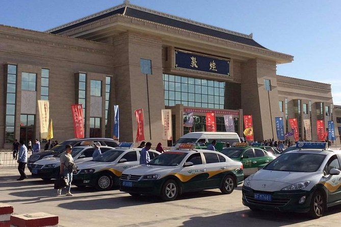 Dunhuang Railway Station Private Arrival Transfer to City Hotels